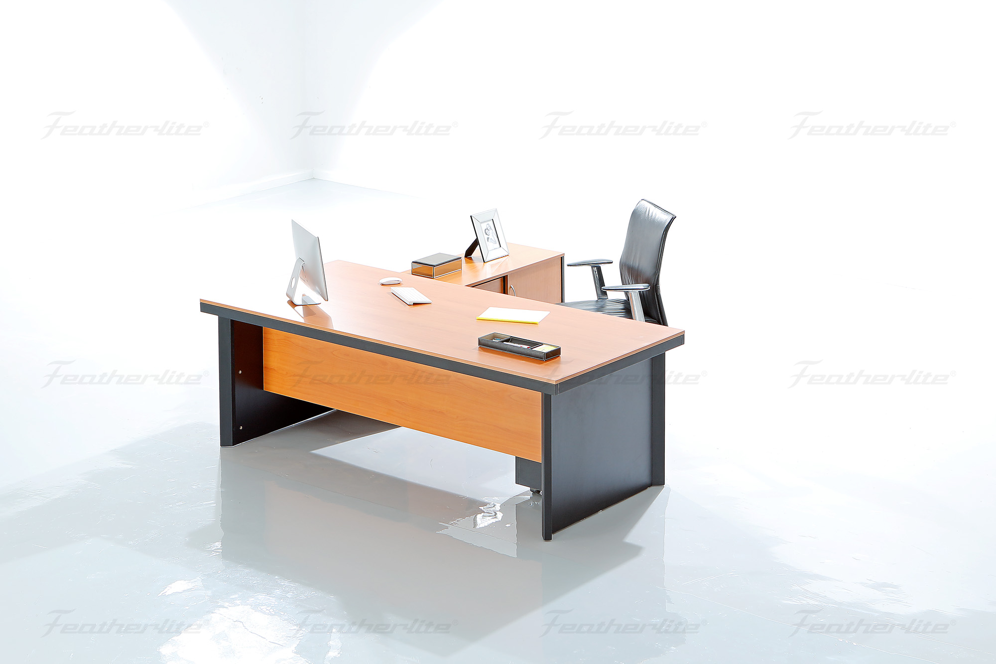 Executive Office Tables, Conference & Meeting Tables, Office Desks - Featherlite